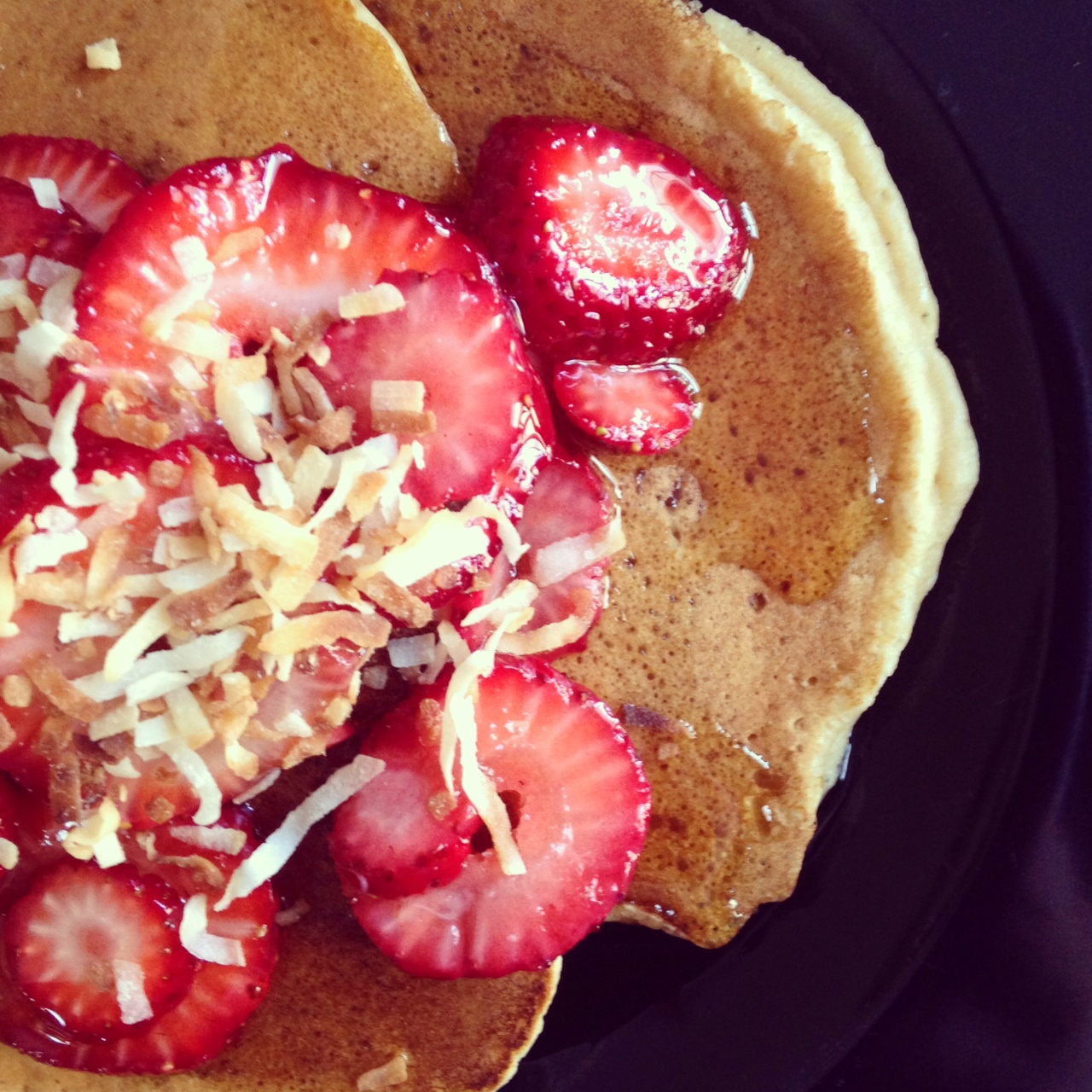 Whole Wheat Pancake With Ginger & Berries Recipe — Dishmaps